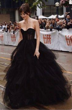 Pretty Prom Dresses, Elegant Dresses, Cute Dresses, Beautiful Dresses, Formal Dresses, Prom Outfits, Mode Outfits, Gala Dresses, Evening Dresses