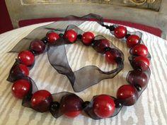 Cinta de Organza negra & collar rojo por EmbraceLace en Etsy, $32.00