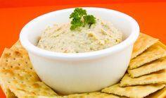 Dip de Camarón Dip Recetas, Deli, Hummus, Puerto Rico, Mashed Potatoes, Bread, Ethnic Recipes, Food, Seafood Dip