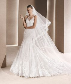 Wedding dress shop in Dubai & Lebanon for bridal gowns & evening dresses. Collections from the top wedding dress designers & bridal couture. La Sposa Wedding Dresses, Rental Wedding Dresses, Wedding Dress Types, Elegant Wedding Dress, White Wedding Dresses, Designer Wedding Dresses, Bridal Dresses, Dresses In Dubai, Pronovias