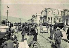 1922 yangınından sonra Izmir. Pictures Of Turkeys, Old Pictures, Old City, Istanbul, City Photo, Greece, Nostalgia, Old Things, Street View
