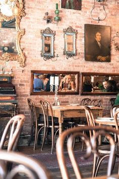 New York cool. If-Project-New-York-Funky-Cafe.jpg 305×460 pixels