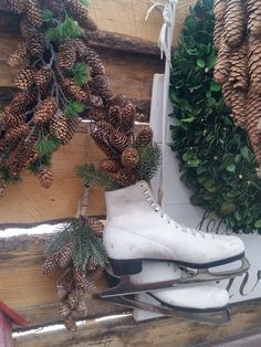 Old skates & greens are such a nice rustic touch!