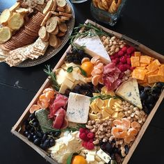 Had way too much fun making this Fall-inspired cheese tray for a catering job today.