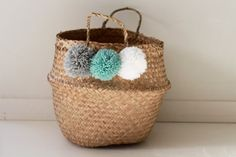 Medium basket for Thai in gray, green and white PomPoms Nature Verte, Arts And Crafts, Diy Crafts, Basket Decoration, How To Get Rich, Kids Bedroom, Baby Room, Sweet Home, Creations