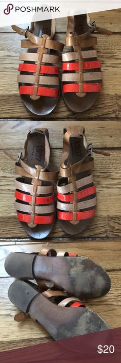 Madewell Gladiator Sandals Madewell leather gladiator sandals with patent leather details. Only worn a couple times! Madewell Shoes Sandals