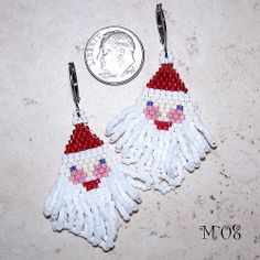 Pattern for seed bead Santa Claus earrings.