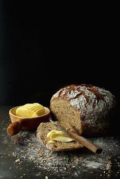 Jim Laheys Whole Wheat 18 hour bread / Chili & Tonka
