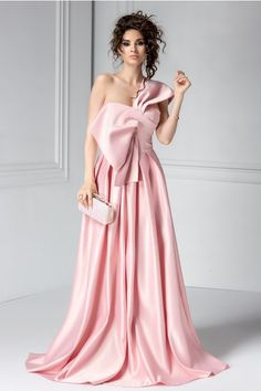 rochie de seara lunga roz din tafta Cute Dresses, Prom Dresses, Formal Dresses, Wedding Dresses, Tafta Dress, Pink Fashion, Womens Fashion, Dream Dress, Formal Wear