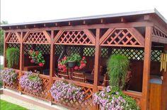 Look at this fantastic gazebo lights - what an original type bambu Backyard Pavilion, Backyard Patio, Backyard Landscaping, Pergola Designs, Patio Design, Garden Design, Wisteria Pergola, Gazebo Pergola, Wooden Garden Gazebo
