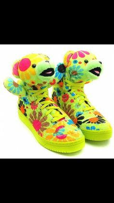 timeless design ebe5f d7155 adidas x Jeremy Scott JS Bear Flower New Detailed Pictures