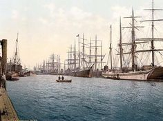 The Elbe, Hamburg, Germany. This color photochrome print was created between 1890 and 1900 in Hamburg, Germany.