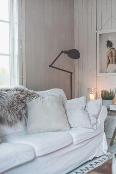 sunnuntaina - Uusi Kuu Kuu, Hygge, Modern Farmhouse, Sweet Home, House Design, Living Room, Feels, Villa, Inspiration