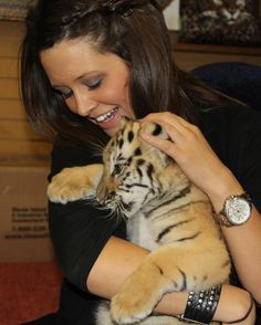 Baby Tigers! GW Exotic Animal Park #ChickasawCountry
