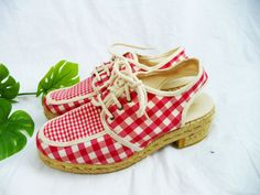 Spanish Vintage 1970s Gingham Oxford by EarthAngelVintage on Etsy, $120.00