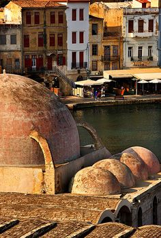 The beautiful old town of Hania, a spot in the old Venetian harbour on #Crete island. #Greece #kitsakis