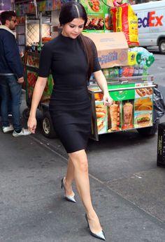 Your selena gomez source Estilo Selena Gomez, Selena Gomez Outfits, Selena Gomez Pictures, Selena Gomez Style, Selena Selena, Celebrity Outfits, Celebrity Look, Chanel West Coast, Marie Gomez