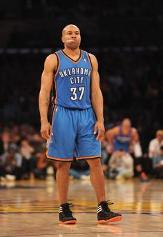 So weird to see him in a Thunder jersey.