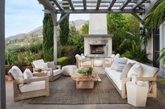 If you are looking to create a stylish and comfortable patio for outdoor living and entertaining, we have some fantastic ideas to help you get inspired.