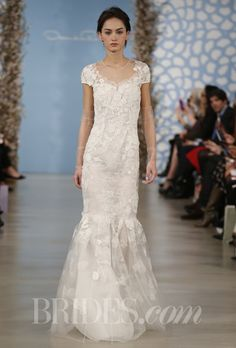 Oscar de la renta - when I get married my ultimate dream designer !! Lace - french or Spanish :-)