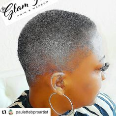 Gorgeous salt and pepper taper!    #BarberLife #SaltNPepperHair #Taper  #NaturallyGrayNaturallySlay #NaturalGrayHair #NaturalHair  #SistaYourGrayHairIsBeautiful #Repost @paulettebproartist #dallashairstylist #shorthair #barber #women #readventures #reathegal #readagal