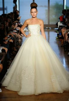 Abby Mitchell Event Planning and Design: Bridal Fashion Week Favorites!!