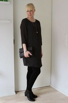 Dotted dress party outfit / Maternity style / Kotisaari