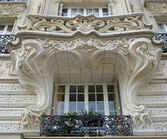 24 Place Etienne-Pernet (15e) - Art Nouveau - Architecte : Alfred Wagon