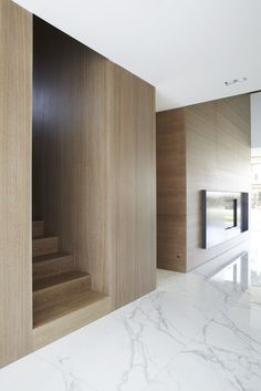 baabf9a58c9280245b4689c0bb888d43--white-stairs-wood-paneling.jpg (736×1103)