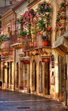 Taormina Balcony, Sicily Italy BEEN HERE! Maybe not the exact street, but Taormina! Beautiful beaches too! Places Around The World, Oh The Places You'll Go, Places To Travel, Places To Visit, Travel Destinations, Travel Pics, Travel Tours, Travel Deals, Beautiful Streets