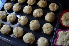 Preparare savarina reteta de cofetarie Savori Urbane (22) Deserts, Muffin, Breakfast, Food, Pies, Morning Coffee, Essen, Postres, Muffins