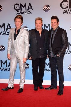 Rascal Flatts Joe Don, Gary and Jay.One day soon, we will be standing in the same spot as Rascal Flatts. Country Music Artists, Country Singers, Cma Awards, Rascal Flatts, 3 Kids, Save My Life, Country Boys, Well Dressed Men, Her Music