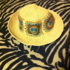 Cute Wicker Peace Symbol Hat