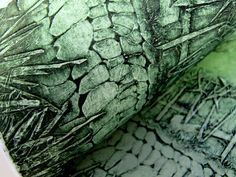 Lynn Bailey is a fine art printmaker based in Devon. Her work involves etching, collagraph, drypoint, mono print and photo etching Devon, Collagraph Printmaking, Printmaking Ideas, Gelli Printing, Textile Printing, Art Courses, Tampons, Mark Making, Art Plastique