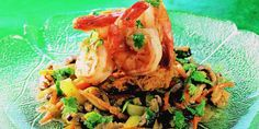 Fried noodles with scampi