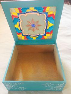 Caja técnica en pintura vitral