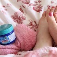 Voici une astuce étonnante pour calmer une toux et mieux dormir la nuit.   Découvrez l'astuce ici : http://www.comment-economiser.fr/remede-pour-calmer-toux.html