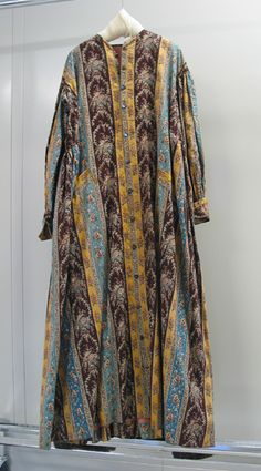 1860-1865, wrapper, American Textile History Museum in Lowell, Massachusetts civil war era fashion