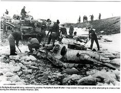 Kharkov 1943 . Panther sunk in the Russian Mud ...