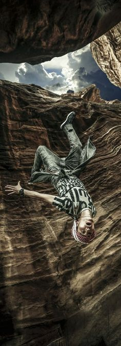 B-boy Wing Image: Farras Oran Breakdance, Best B, Dynamic Poses, Street Dance, Dance Art, Outdoor Adventures, Extreme Sports, Underworld, Red Bull