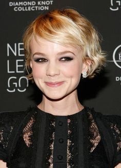 short hair.  This is what mine is supposed to look like!