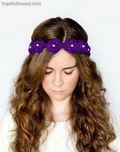 Daisy Flower Crown Crochet Pattern via Hopeful Honey--- this is so cute!