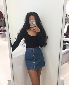 Resultado de imagem para vintage jeans skirt look denim skirt, skirts, fashion, moda Skirt Outfits Tumblr, Jean Skirt Outfits, Moda Outfits, Fall Outfits, Casual Outfits, Cute Outfits, Casual Clothes, Vintage Jeans, Look Vintage