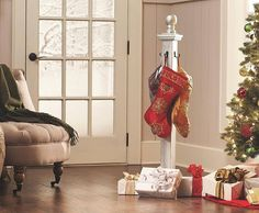 stocking tree for when no mantle is available