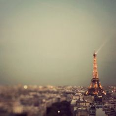 Paris is a Diva - Photo of Eiffel Tower at sunset, France Tour Eiffel, Oh The Places You'll Go, Places To Travel, Midnight In Paris, Fine Art Photography, Travel Photography, Photography Ideas, Image Paris, Destinations
