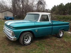 C-10 Custom 1964 Chevrolet Pickup Truck. lov'in this truck