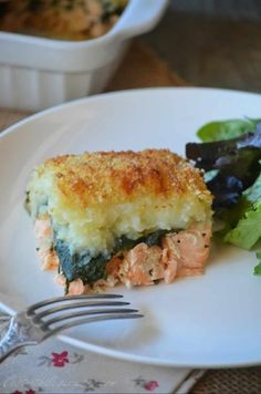 A fish parmentier, nothing exceptional in this recipe .- A fish parmentier, nothing exceptional in this … - Healthy Menu, Healthy Smoothies, Healthy Recipes, Fish Dishes, Tasty Dishes, Fish Recipes, Seafood Recipes, Batch Cooking, Cooking Recipes