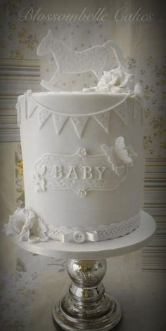 Vintage Style Vintage style baby shower cake - double barrel by Blossombelle Cakes Baby Shower Cakes, Baby Shower Themes, Baby Cakes, Stage Patisserie, Beautiful Cakes, Pretty Cakes, Amazing Cakes, Beautiful Baby Shower, Baby Christening