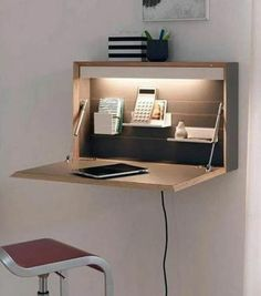 9 Desk Ideas Perfect for Small Spaces- 9 Desk Ideas Perfect for Small Spaces Super Creative floating desk height just on homesable home design - Space Saving Desk, Space Saving Furniture, Diy Furniture, Furniture Design, Design Desk, Folding Furniture, Desk Space, Small Furniture, Furniture Stores