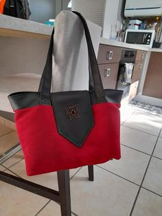 Sac Madison rouge et noir cousu par Maman Colibris - Patron Sacôtin
